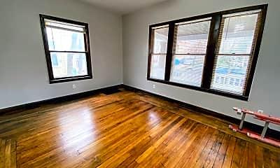 Living Room, 843 Prince St SE, 1