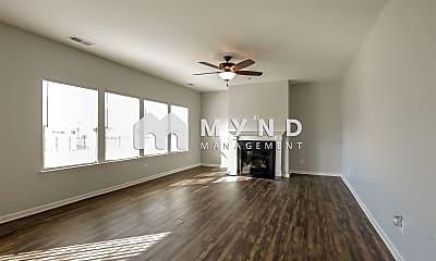 Living Room, 1595 Tundra Ln, 1