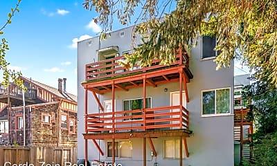 Building, 1047 Santa Clara Ave, 2