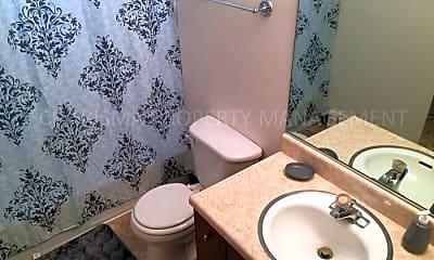 Bathroom, 215 S Menlo Ave, 2