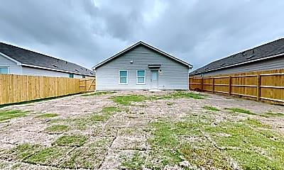 Building, 305 Cordova Loop, 2