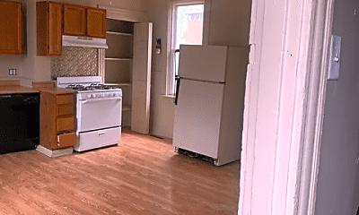 Kitchen, 207 Benson Way, 1