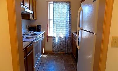Kitchen, 708 S Henry St, 1
