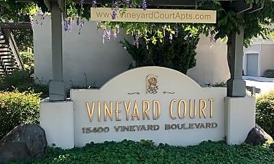 Vineyard Court Apartments, 1