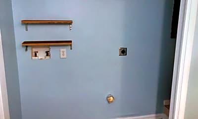 Bathroom, 1207 Hwy 15, 2