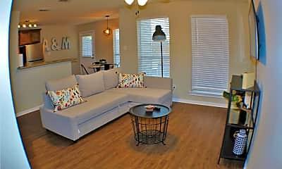 Living Room, 1211 Oney Hervey Dr, 1