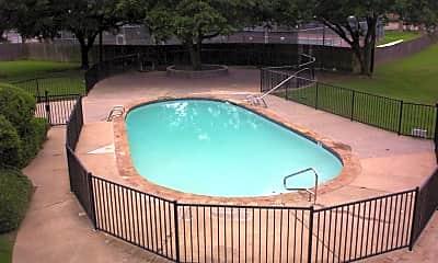 Pool, 2401 Yorkstown Dr, 2