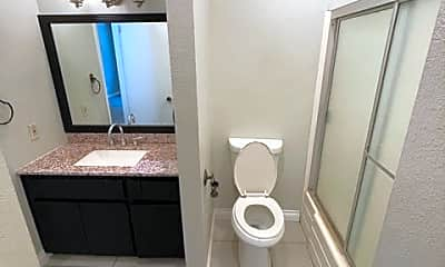 Bathroom, 5534 Temple City Blvd, 2