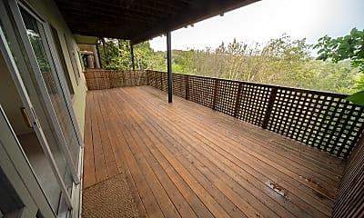 Patio / Deck, 58 Redwood Rd, 1