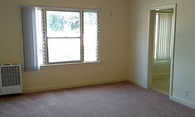 Bedroom, 4408 Lockwood Ave, 1
