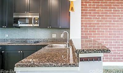 Kitchen, 710 W Trade St 514, 2