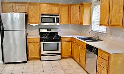 Kitchen, 7924 Bronco Ln, 1