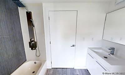 Bathroom, 315 S Shore Dr, 1