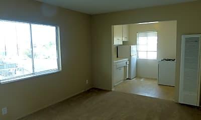 Living Room, 3540 Overland Ave, 1