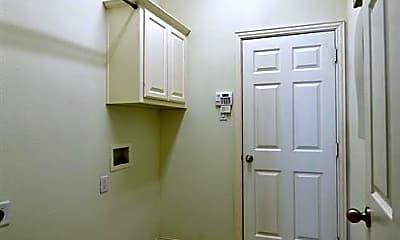 Bathroom, 9712 Ben Hogan Ln, 2