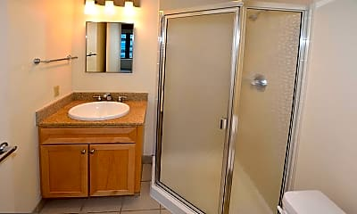 Bathroom, 1150 K St NW 1010, 2