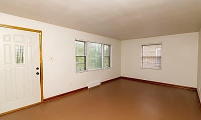 Living Room, 811 Broadway, 1
