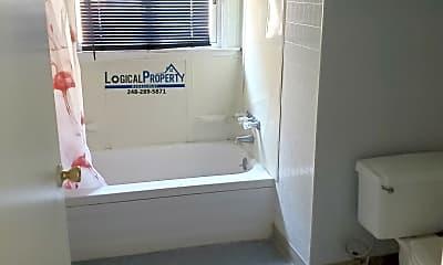 Bathroom, 638 Seward Ave, 1