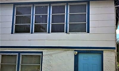 Building, 313 N Hollywood Ave, 1