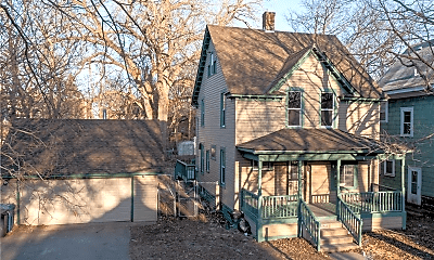 Building, 1704 Emerson Ave N, 1