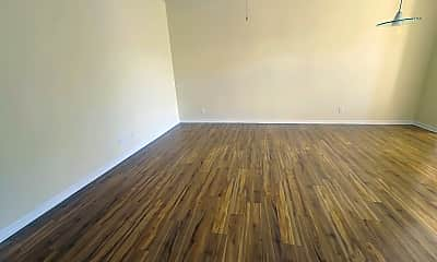 Living Room, 4884 New Broad St, 1