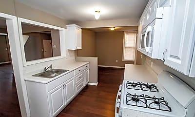 Kitchen, 32 Walnut St, 1