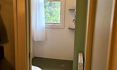 Bathroom, 4136 Queen Ave S Apt 102, 2