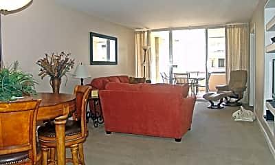 Living Room, 7625 Camelback Rd A220, 1