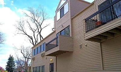 Building, 524 W. Laurel St., 0