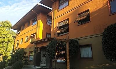 The Glenn Apartment, 0