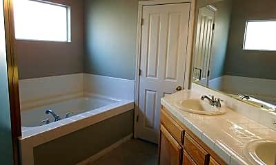 Bathroom, 1085 E Hogan Ave, 2