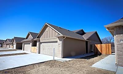 Building, 4837 N Hillside Ct, 2