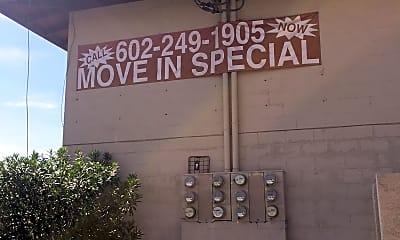 Elm Street Apartments, 1