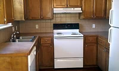 Kitchen, 404 Cheyenne Pl, 1