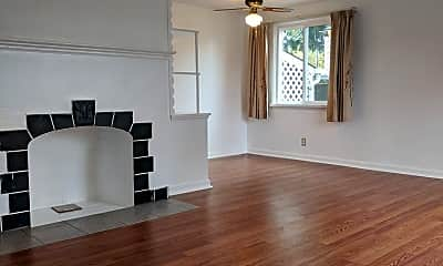 Living Room, 4511 S Othello St, 1