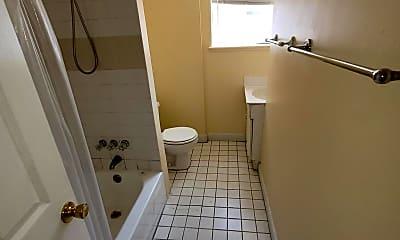 Bathroom, 1428 Jackson St 2ND, 2