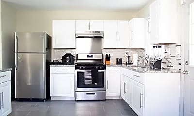 Kitchen, Room for Rent -  a 9 minute walk to bus 24 near Me, 0