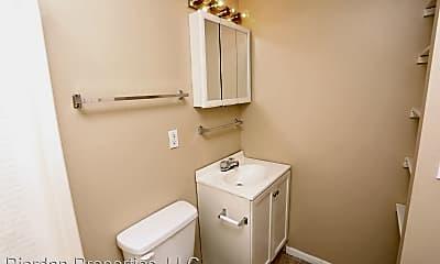 Bathroom, 1022 Western Hills Dr, 2