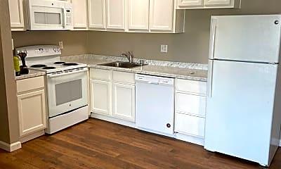 Kitchen, 2080 W La Loma Dr, 1