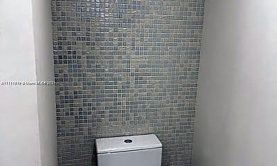 Bathroom, 9455 Collins Ave 404, 2