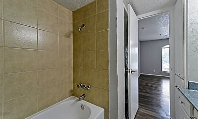 Bathroom, 1929 E Grauwyler Rd, 2