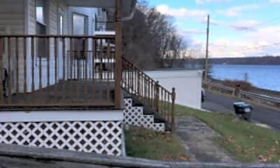 Patio / Deck, 3 Willow Dock Rd, 2