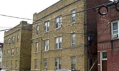 Building, 625 Elm, 2