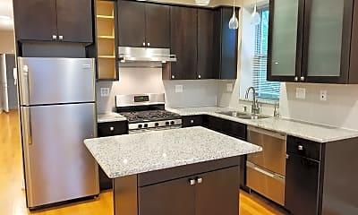 Kitchen, 2334 W Taylor St 2, 1