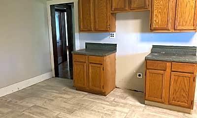 Kitchen, 111 Adkins St, 1