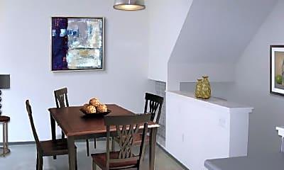 Dining Room, 160 E Berkeley St, 2