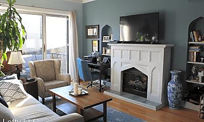 Living Room, 1258 W Winona St, 0
