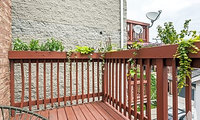 Patio / Deck, 3833 N Southport Ave #3R, 2