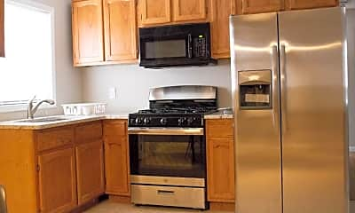 Kitchen, Room for Rent -  a 5 minute walk to bus 49, 0