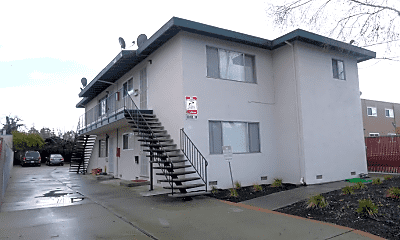 Building, 22436 N 5th St, 2